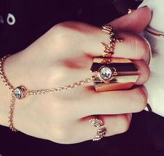 New fashion jewelry cool chain link midi finger ring gift for women girl Cute Jewelry, Jewelry Accessories, Fashion Accessories, Fashion Jewelry, Women Jewelry, All About Fashion, New Fashion, Trendy Fashion, Fashion Beauty