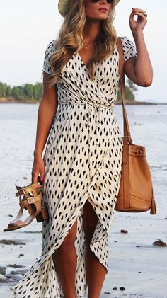 love her beautiful dress! pretty outfit!