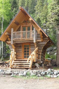 So cool!!! Log cabin tiny house :)