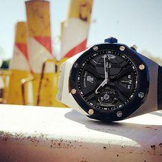 REPOST!!!  Shoot de l'été dernier.. #Watch  #watchporn #work  #passion #luxury #nancy #watches #fashion #luxe #brand #tourbillon #horloge  #design #instalove #insta  #ap #audemarspiguet #audemars #limited #edition #concept  Photo Credit: Instagram ID @aldriic_