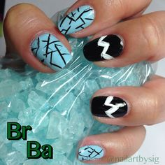 To my other favorite W. Here's my Breaking Bad inspired manicure. Fondly, S. Nail art, chevron nails, Nail It! Breaking Bad Art, Bad Nails, Favorite Tv Shows, My Favorite Things, Chevron Nails, Pretty Little Liars, Fashion Beauty, Manicure, Nail Art