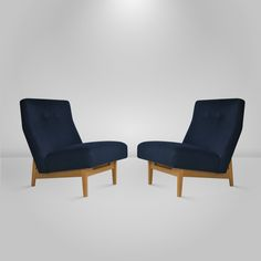 Pair of Floating Jens Risom Lounge or Slipper Chairs 5
