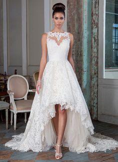 Sleeveless Jewel Neck Lace Patterns Asymmetrical Lace Wedding Dress