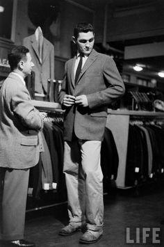 ivy league look tailoring 1950s, khaki pants,white shirt