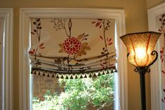 Custom Window Treatments Design, Pictures, Remodel, Decor and Ideas - page 3 love how windows are trimmed out Kitchen Window Treatments, Custom Window Treatments, Curtains With Blinds, Valances, Window Blinds, Burlap Curtains, Window Seats, Relaxed Roman Shade, Drapery Designs