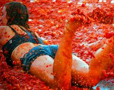 La #Tomatina is the ultimate #food fight and if your habit is to bathe regularly in #passata, then this is for you.