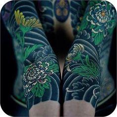 Dark, Japanese-style wind-bars and pretty Chrysanthemum sleeves made by @horitoshi1