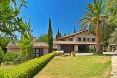 Puigpunyent - Mallorca  MALLORCA PROPERTY : SPACIOUS STONE-BUILT FINCA WITH GUEST HOUSES IN 36.000 m2 OF LAND