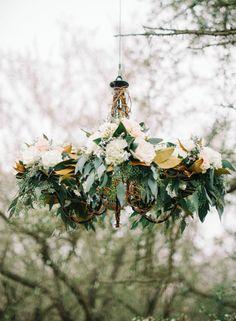Romantic neutral wedding ideas | Wedding Sparrow