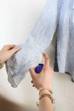 Блузка. DIY спрей для одежды - идея для тех, кто много путешествует.