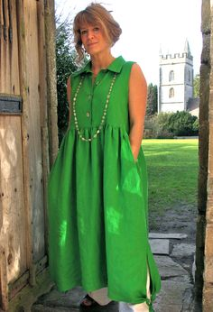 Individual clothes for women, in natural fabrics and handmade in Somerset Linen Dresses, Casual Dresses, Casual Outfits, Summer Dresses, Maxi Dresses, Types Of Sleeves, Dresses With Sleeves, Pants For Women, Clothes For Women