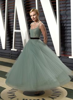 Kate Bosworth de J.Mendel en la Fiesta Vanity Fair Oscars 2017.