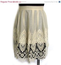 Vintage 70s Lace Apron  Shabby Chic Apron  by BreesVintageRevivals