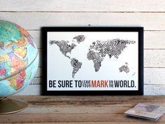 Huella digital mundial mapa  viajes Poster por TheOystersPearl