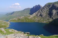 Snowdon, Three Peaks Challenge :: The Southerner Walter Mitty, Climbing, Lifestyle Blog, Things To Do, Health Fitness, Challenges, England, River, Adventure