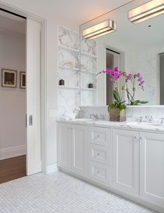 My Favorite Benjamin Moore Paint Colors – main Bathroom ideas color palettes Cabinet Paint Colors, Kitchen Paint Colors, Bathroom Paint Colors, Paint Colors For Home, Benjamin Moore Bathroom, Benjamin Moore Paint, Benjamin Moore Colors, Benjamin Moore Moonshine, Light Gray Cabinets