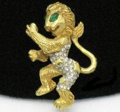 KJL Kenneth Jay Lane 1960s Gold Plated Fantasy Rhinestone Brooch Pin  #KJLKennethJayLane