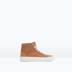HIGH-TOP SNEAKER WITH ZIP