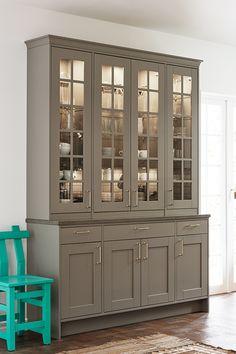 Diy Kitchen Remodel, Home Decor Kitchen, Kitchen Interior, Home Kitchens, Kitchen Wall Cabinets, Contemporary Interior Design, Küchen Design, Maine House, Cabinet Design