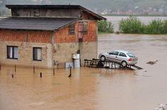 Slow moving low pressure system behind Balkans worst floods in a century   Sarajevo/Elvis Barukcic/AFP/Getty Images  19/05/2014