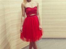 Sukienka czerwona z tiulową spódnicą