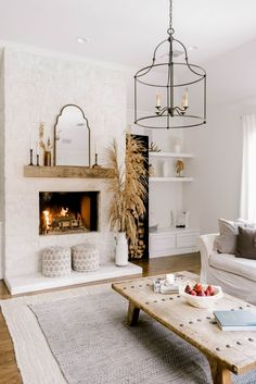 Here is a guide related with fireplace. White Home Decor, Fall Home Decor, Autumn Home, Cheap Home Decor, Cozy Living Rooms, Home Living Room, Living Room Designs, Living Room Neutral, Modern White Living Room
