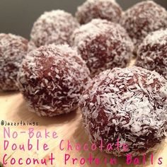 Chocolate. Coconut. Almond butter. No baking. Does dessert get any better than that? Freeze these treats and dust them with extra shredded coconut - YUM!