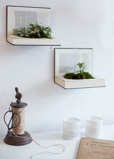 idée déco récup : 10 astuces recyclages faciles - Clem Around The Corner - Jenkins K. Upcycled Crafts, Diy And Crafts, Diy Regal, Recycled Books, Deco Originale, Diy Workshop, Ornamental Plants, Blog Deco, Diy Recycle