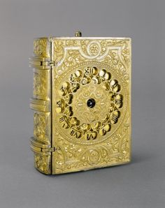 Travelling clock in the form of a book, 1576 Museum of Applied Arts, Budapest
