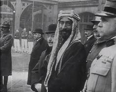 الامير فيصل بن الحسين  في مؤتمر فيرساي ( مؤتمر الصلح ) باريس 1919 م ..