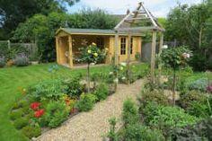 Mote Avenue, Maidstone : country Garden by Cowen Garden Design