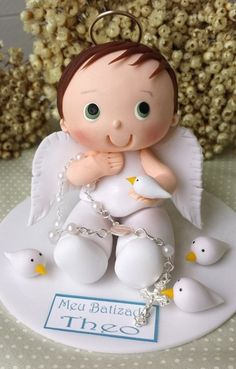 Topo de bolo anjo batizado menino                                                                                                                                                                                 Mais Wafer Paper Flowers, Clay Flowers, Bread Art, Fondant Animals, Clay Figurine, Pretty Cakes, Communion, Christening, Cake Toppers