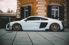 When Style Meets Performance: Exotic Cars 101 Audi R8, Audi Sports Car, Sport Cars, Exotic Sports Cars, Exotic Cars, Audi All Models, Car Goals, Best Luxury Cars, Top Cars