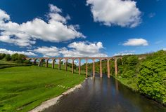 Leaderfoot Viaduct over the River Tweed, the Scottish Borders, Scotland Great Places, Places To See, Amazing Places, Bridge Wallpaper, An Unexpected Journey, Scotland Uk, Over The River, Wallpaper Backgrounds, Wallpapers