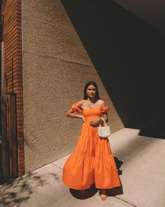 Staud Just Launched the New Bag That's Going to Cause an Internet Frenzy Spring Summer Fashion, Spring Outfits, Summer Trends, Fashion Outfits, Womens Fashion, Summer Looks, Dress To Impress, Casual, Dress Up