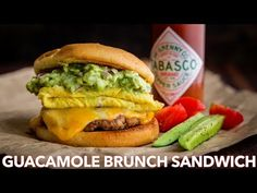 Spicy guacamole brunch sandwich with a crisp toasted bun, juicy sausage, melty cheese, fluffy eggs and guacamole! Sausage Sandwiches, Wrap Sandwiches, Guacamole, Brunch Hours, Kitchen Recipes, Cooking Recipes, Chicken Gyros, Sausage Breakfast, Brunch Recipes