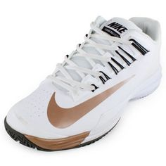 For a durable shoe that's all about hustle, theNikeWomen's Lunar Ballistec Tennis Shoes White and Black  is  a must have for the serious athlete. Lightweight and incredibly  strong,  these shoes are built to last, bringing you many Ws on court. Additionally, Nike offers a6-month outsole durability guaranteeon this model to ensure your complete satisfaction!#nike #lunarballistec #holidaydeals #blackfridaysale #tennisshoes