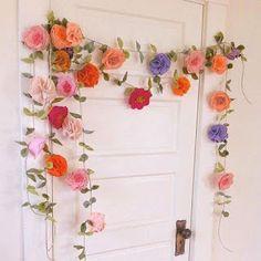 18 Ideas fáciles y hermosas para decorar con flores de papel ~ cositasconmesh