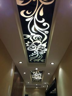 1 million+ Stunning Free Images to Use Anywhere Drawing Room Ceiling Design, Gypsum Ceiling Design, House Ceiling Design, Ceiling Design Living Room, Bedroom False Ceiling Design, False Ceiling Living Room, Ceiling Light Design, Home Room Design, Ceiling Decor