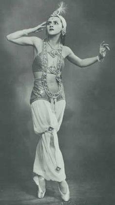 Feya Balabina  1910 - 1982  Mariinsky Ballet