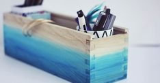 DIY Ombre Watercolored Box - easy and stylish desk organizer Easy Crochet Projects, Diy Projects To Try, Diy Craft Projects, Kids Crafts, Wood Crafts, Diy Ombre, Ombre Paint, Blue Ombre, Dip Dye Fabric