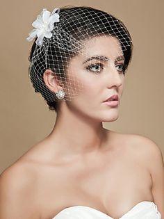 Wedding Hairstyle Brides Pixie Haircut Brown Hair With Veil ...