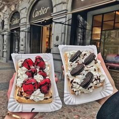 We enjoy our waffles  in Milan, way much more than anywhere else...
