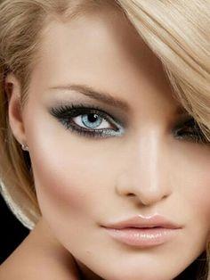 Maquillage Pour Blonde, Visages Féminins, Yeux Bleus, Maquillage De Mariage  Pour Les Yeux