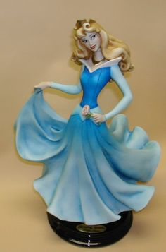 *AURORA ~ Sleeping Beauty, 1959...Armani Figurines Value | Armani > Disney Figurines