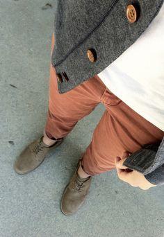 Rusty trousers, white tank, grey cardigan