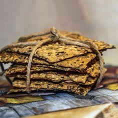 Lavkarbo-knekkebrød - Funksjonell Mat Brunch, Food And Drink, Health Fitness, Keto, Baking, Desserts, Recipes, Grains, Party