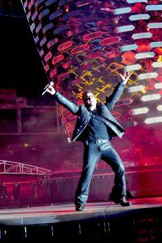 U2 ~ Bono, 360 Tour.