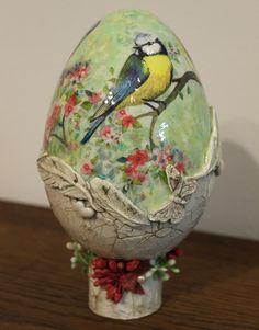 Easter Art, Hoppy Easter, Easter Crafts, Easter Eggs, Christmas Crafts, Egg Shell Art, Easter Illustration, Easter Egg Designs, Flower Phone Wallpaper
