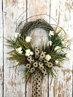 Cotton Wreath, Cotton Boll Wreath ,Southern Wreath to make your home warm and welcoming.